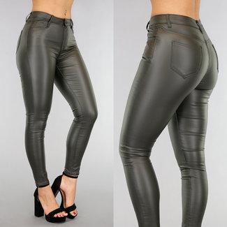 Jeans in Lederoptik mittlere Taille in Grün
