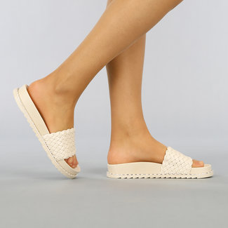 NEW1703 Beige Geflochtene Sandalen mit Nieten