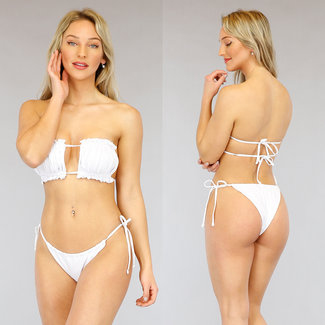 Weiß gefalteter Bandeau Bikini mit Rüschen