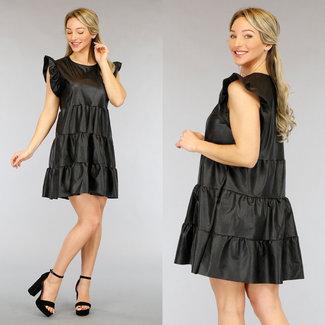 NEW2104 Schwarze Lederoptik Babydoll-Kleid mit Rüschen