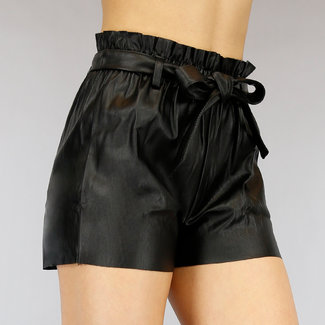 Schwarz-Leder-Blick Paperbag Short