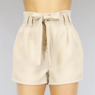Beige Paperbag Shorts mit Knöpfen