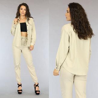 NEW0206 Zweiteilige beige Anzug mit Los Fit Bluse