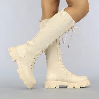 NEW2807 Lange beige Spitze-Socken-Boot