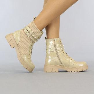 Beige Croco Lak Ankle Boots mit Nieten