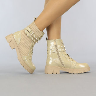 NEW1108 Beige Croco Lak Ankle Boots mit Nieten