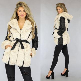 NEW1808 Schwarze Leder-Look Jacke mit beige Fell und Bund
