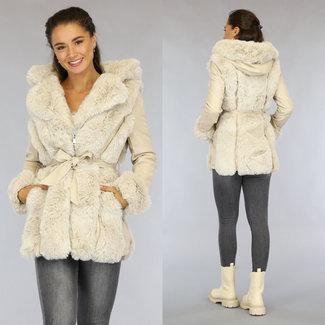 Beige Leder-Look Jacke mit beige Fell und Bund