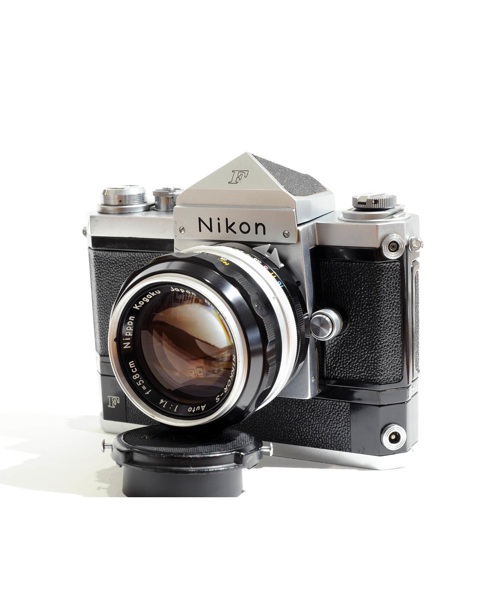 Nikon Nikon F with 5.8cm f1.4 Nikkor-S + F-36 (type 2)