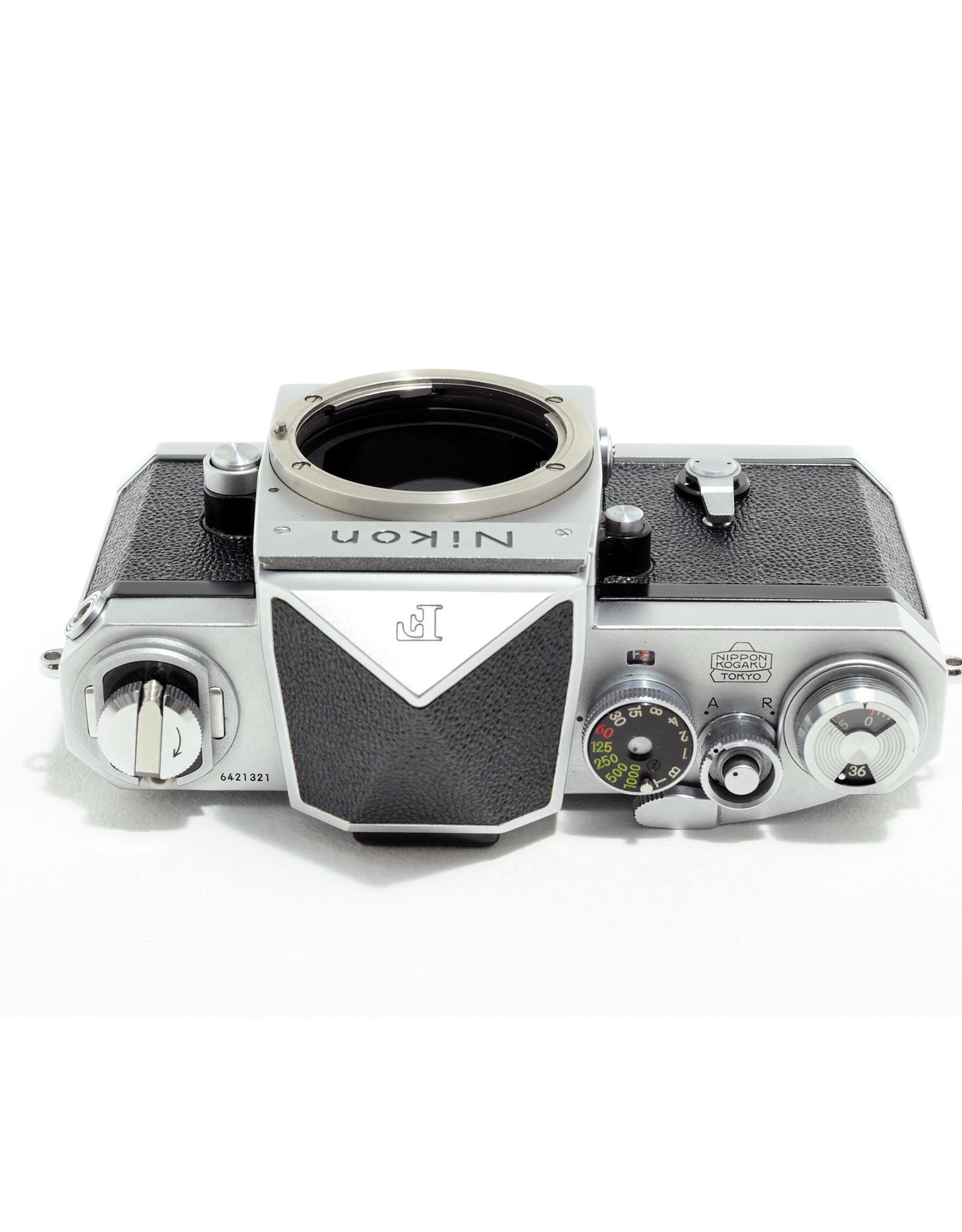 Nikon Nikon F with Eye Level Finder Chrome   AP2052905