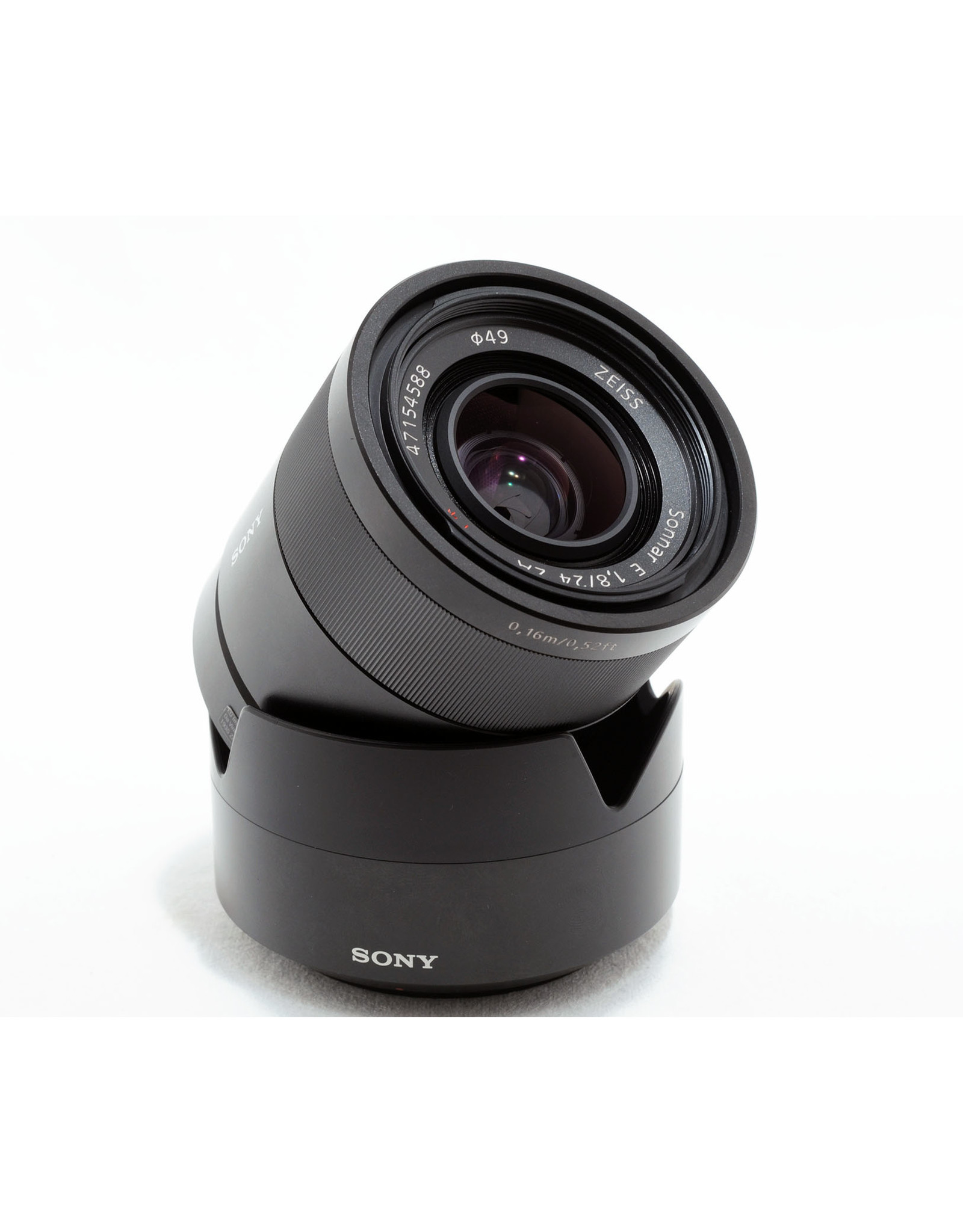 Sony Sony E24mm f1.8 Sonnar ZA  + hood
