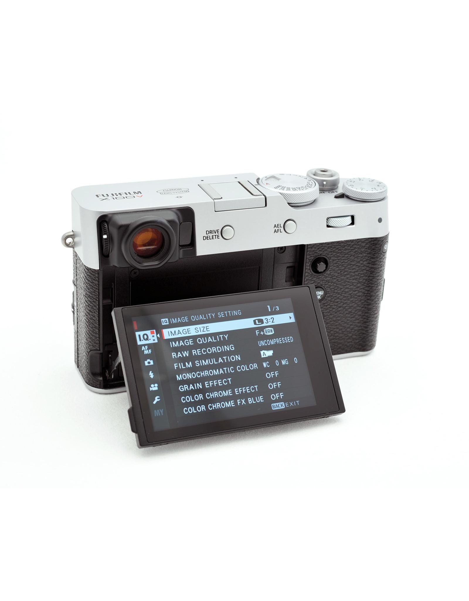 Fuji Fuji X100V Silver   ALC110005
