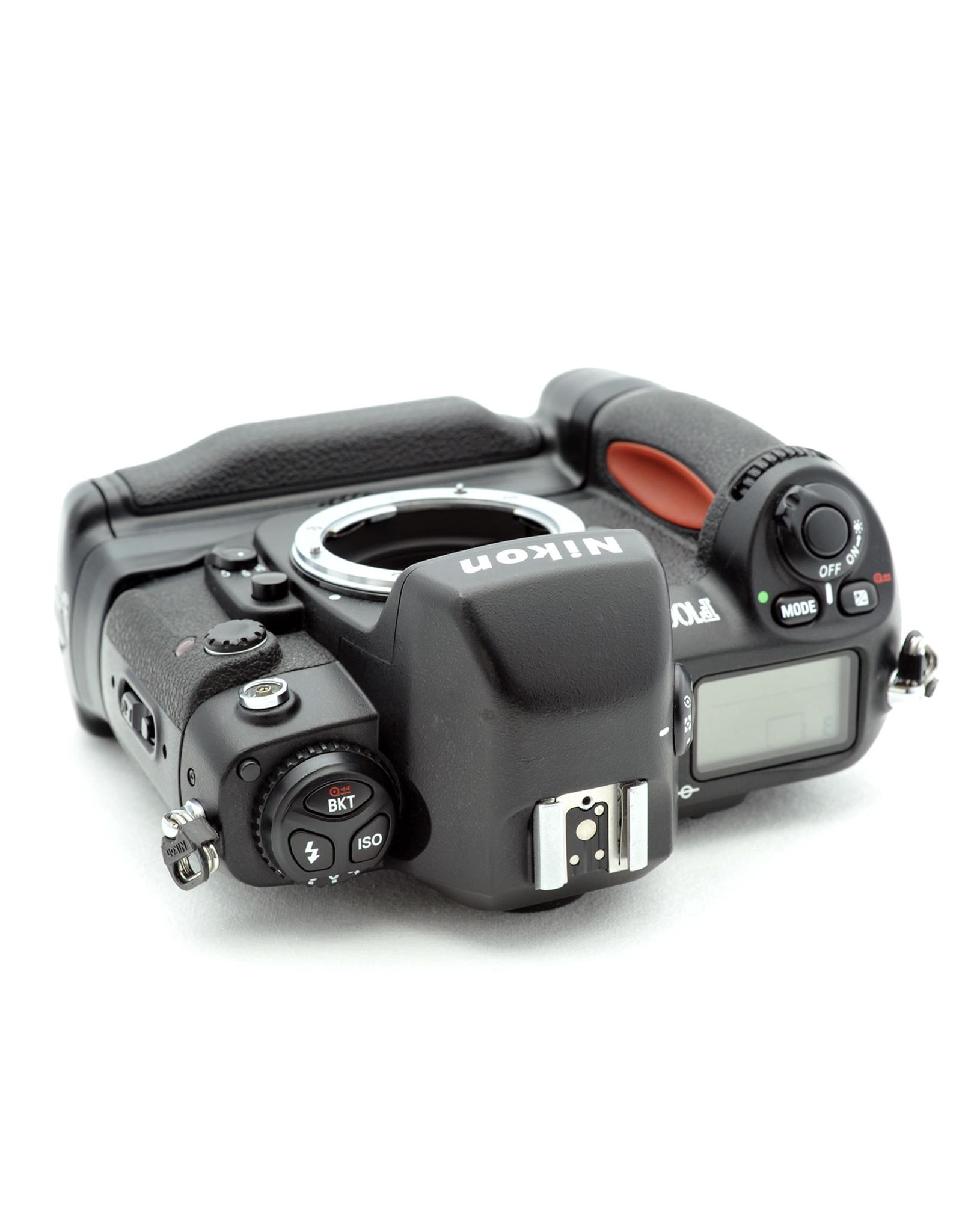 Nikon Nikon F100 with MB-15   AP2121001