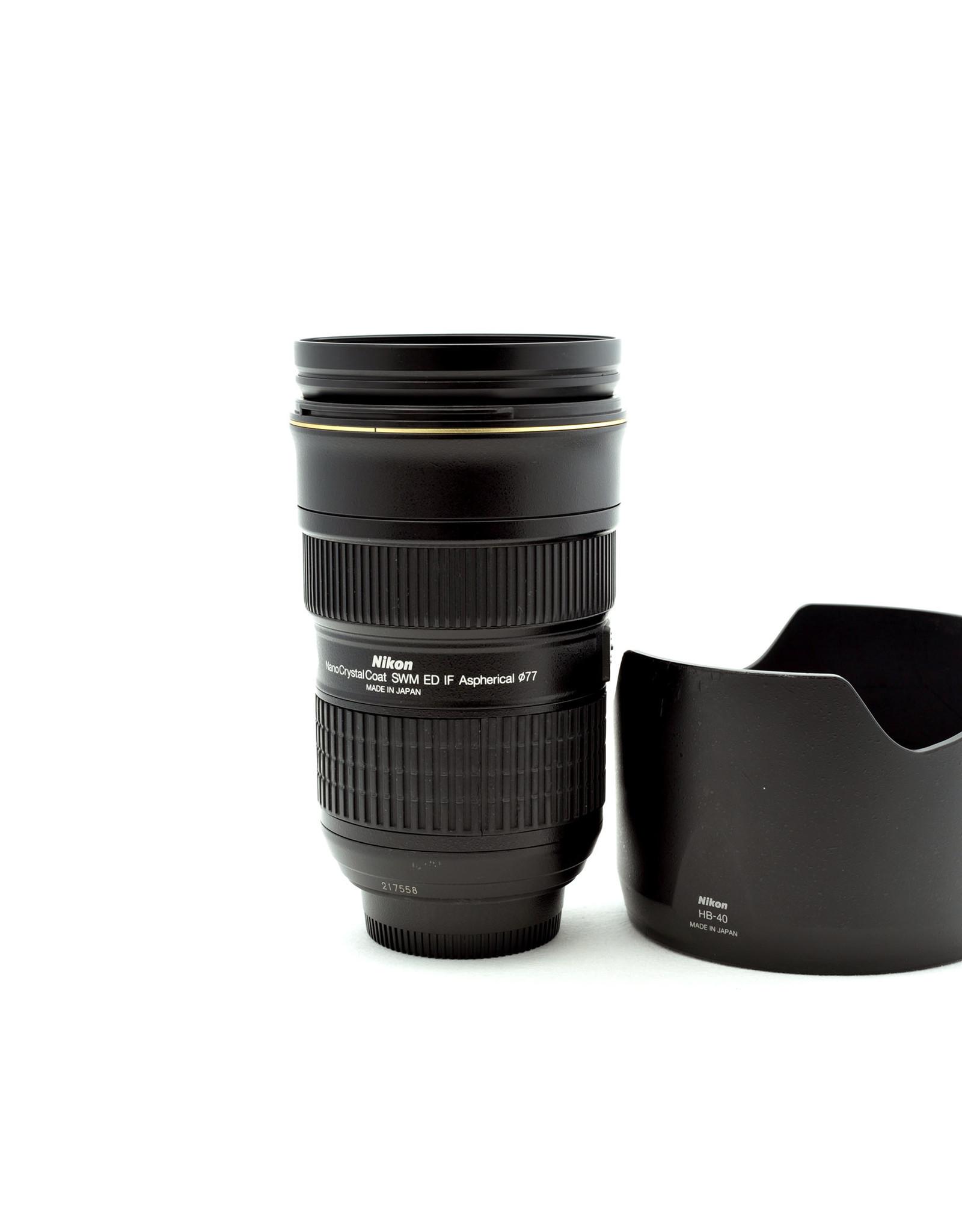 Nikon Nikon 24-70mm f2.8G AF-S  + hood