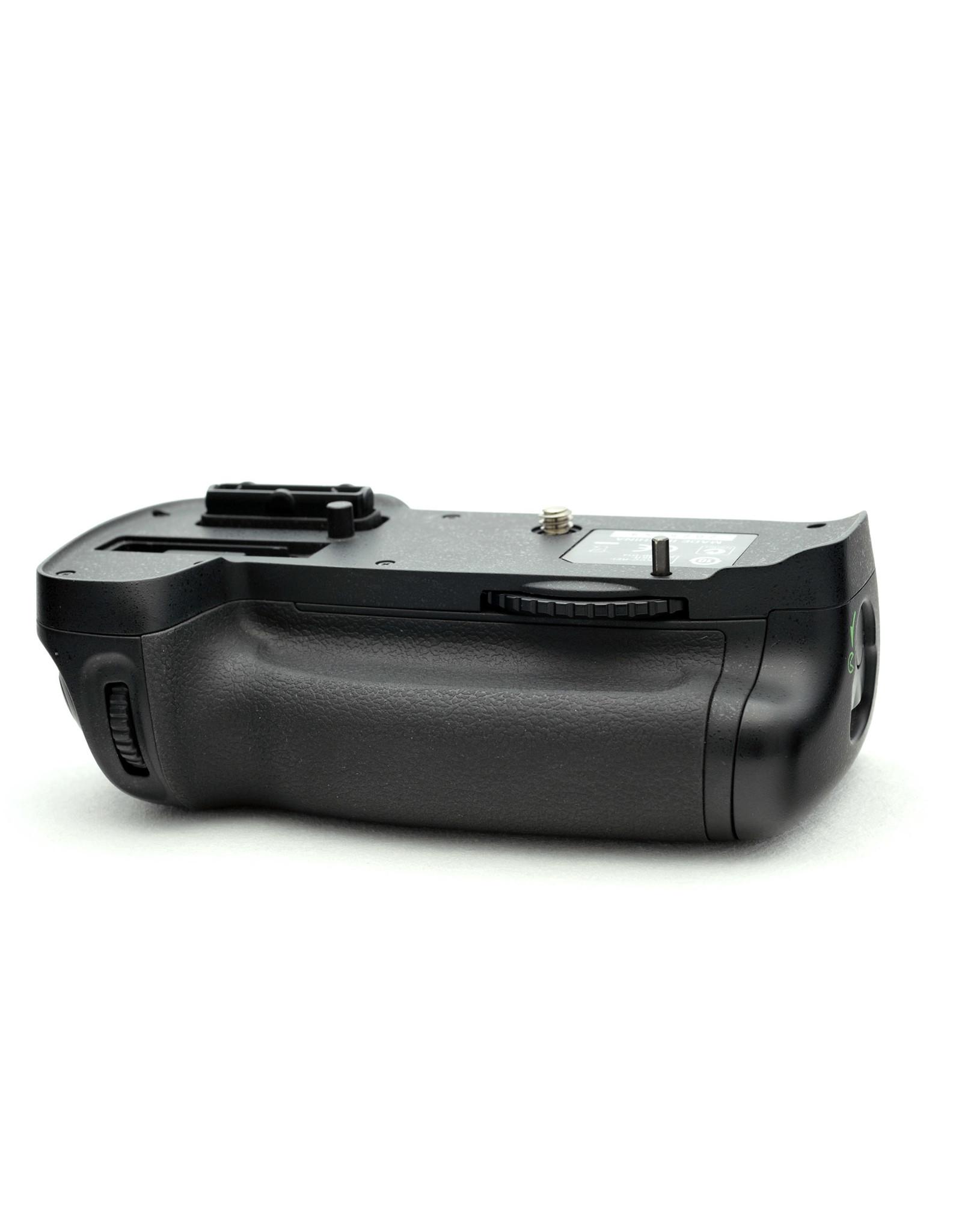 Nikon Nikon MB-D14 Vertical Battery Grip (D600/D610)   AP1020406