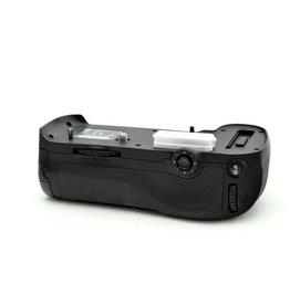 Nikon Nikon MB-D12   NAF9081604