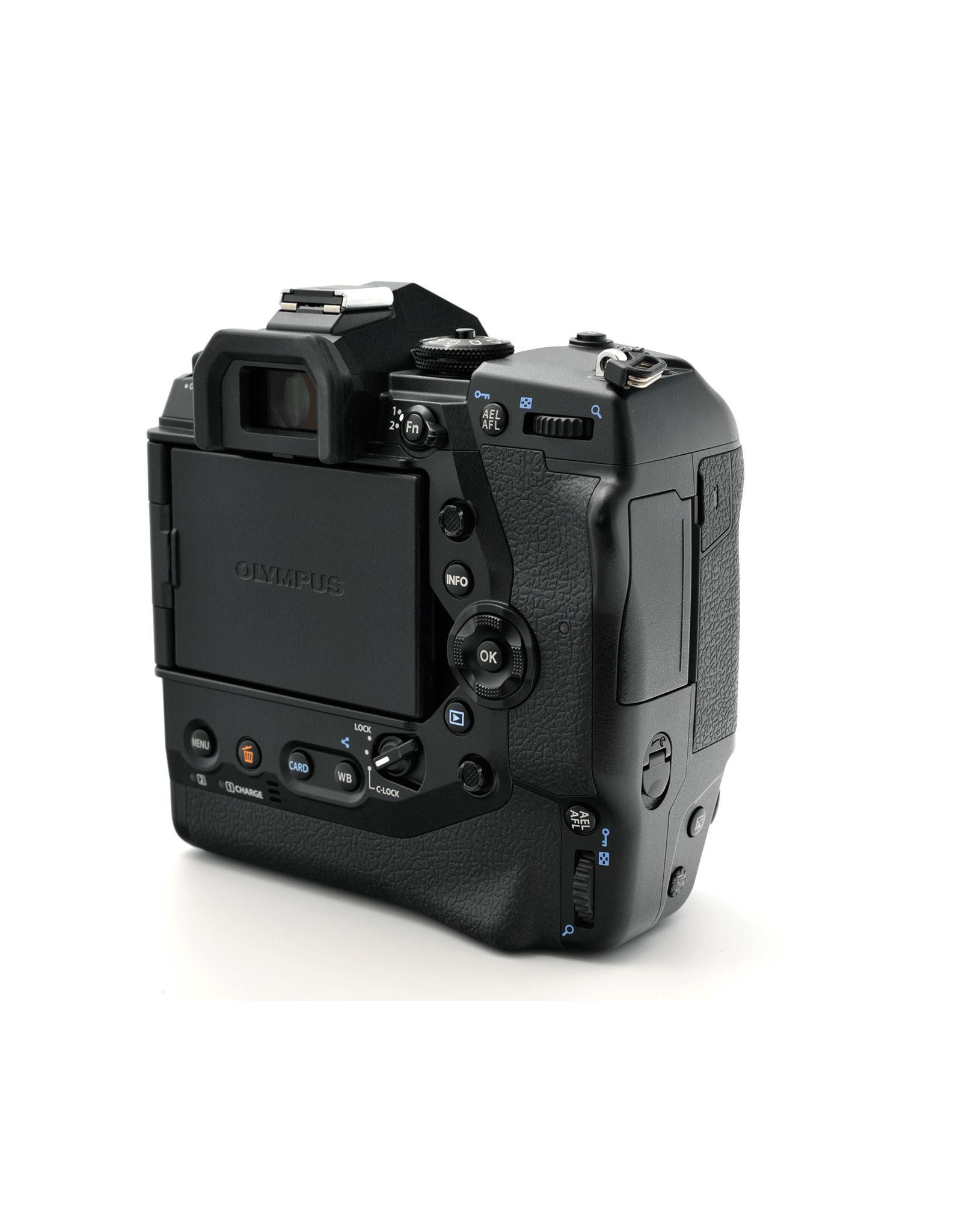Nikon Olympus OM-D E-M1X   AP1051207