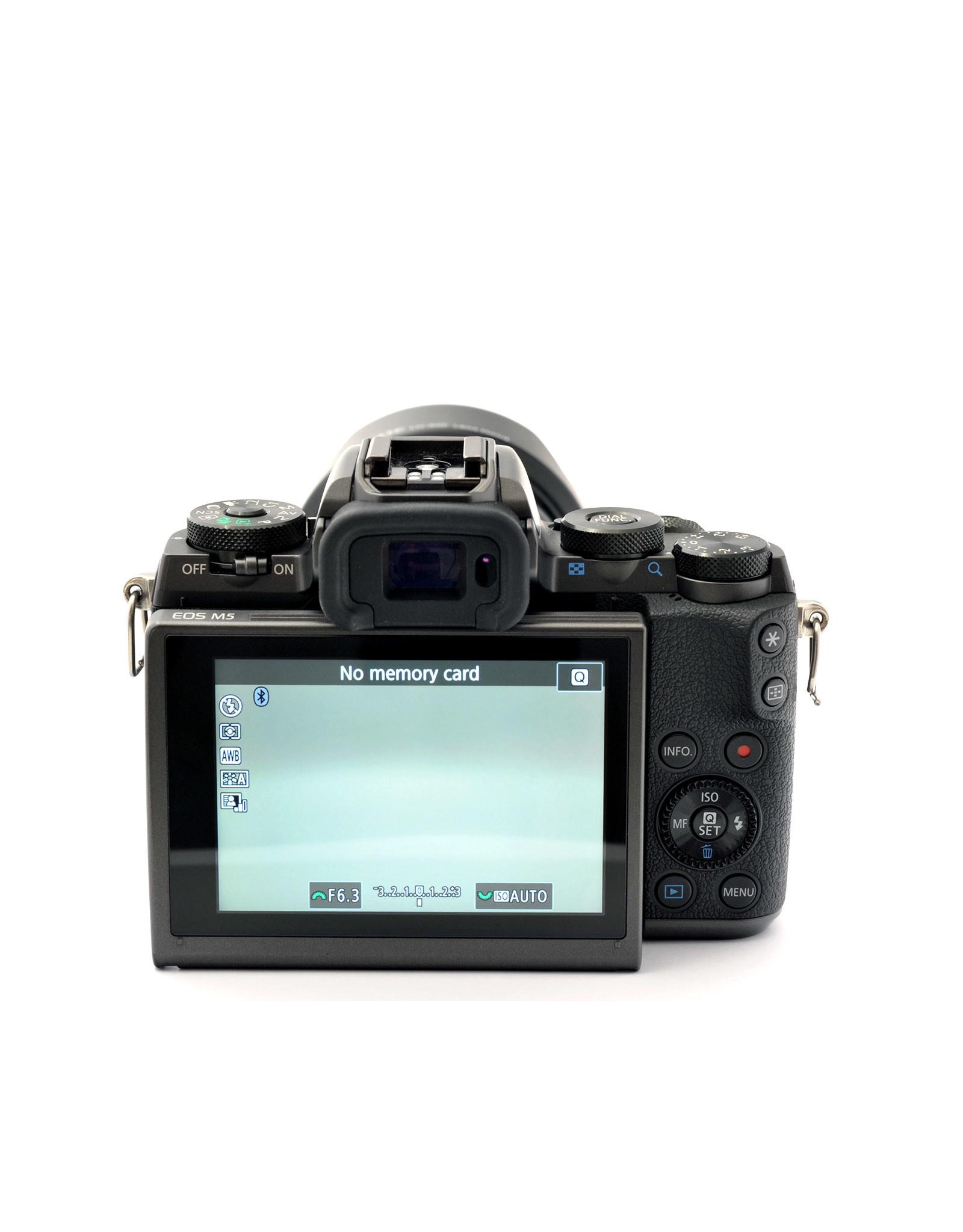 Canon Canon EOS-M5 + EF-M18-150mm IS STM & EF-M22mm f2 STM   ALC120901