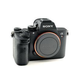 Sony Sony A7R III   AP1090806