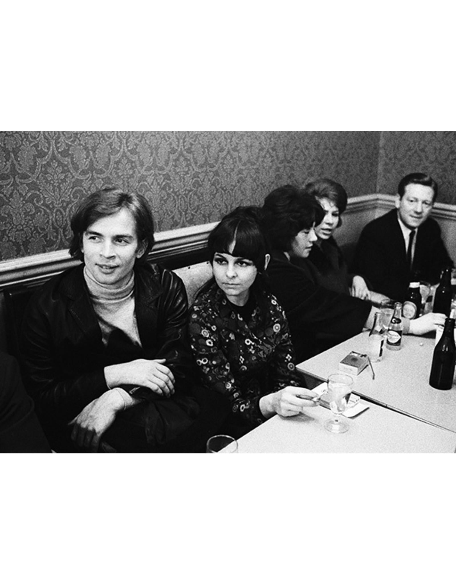 Colin Jones Colin Jones (28), Rudolf Nureyev and Lynn Seymour at the Pub