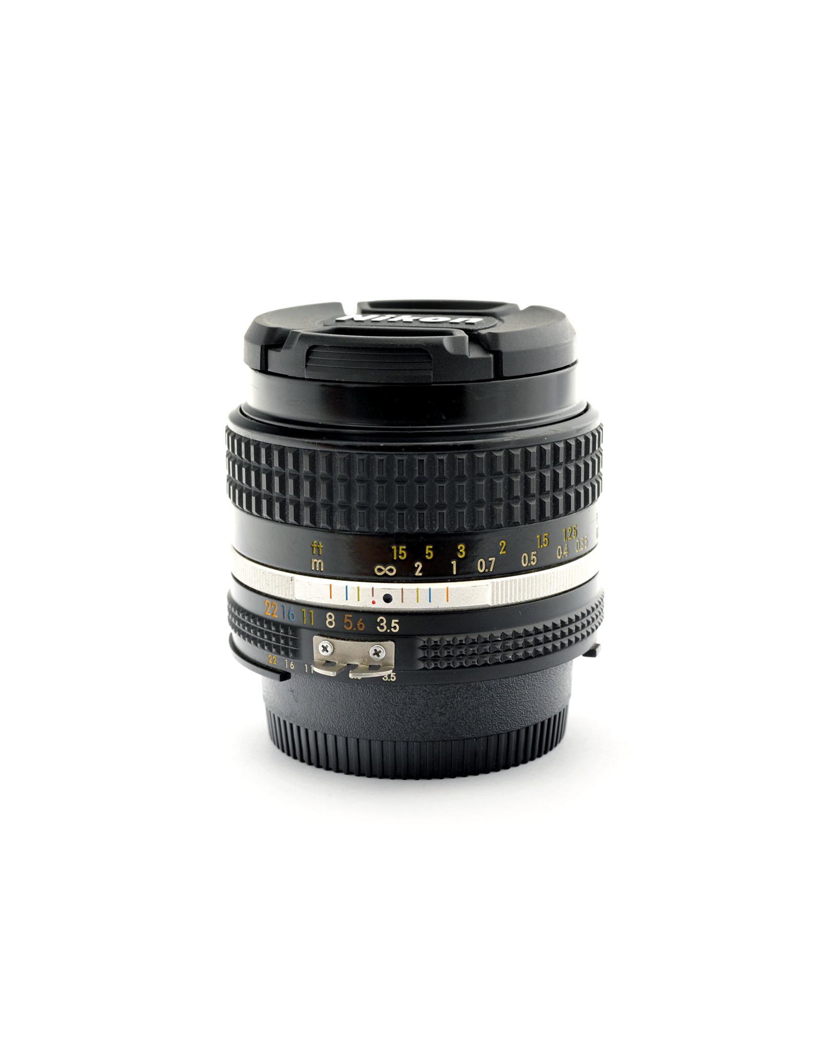 Nikon Nikon 28mm f3.5 AIS   AP1092904