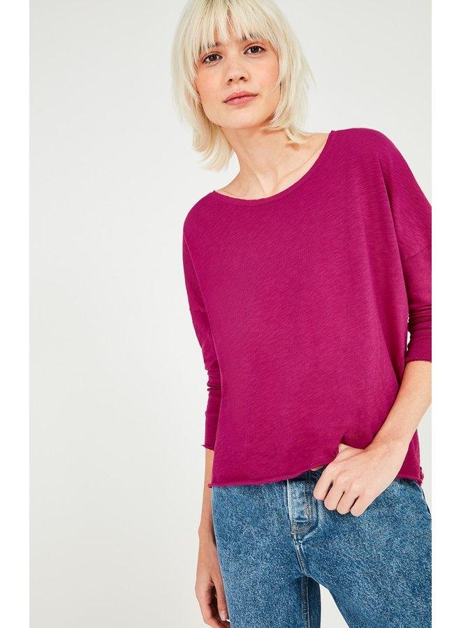 Drop sleeve T-shirt