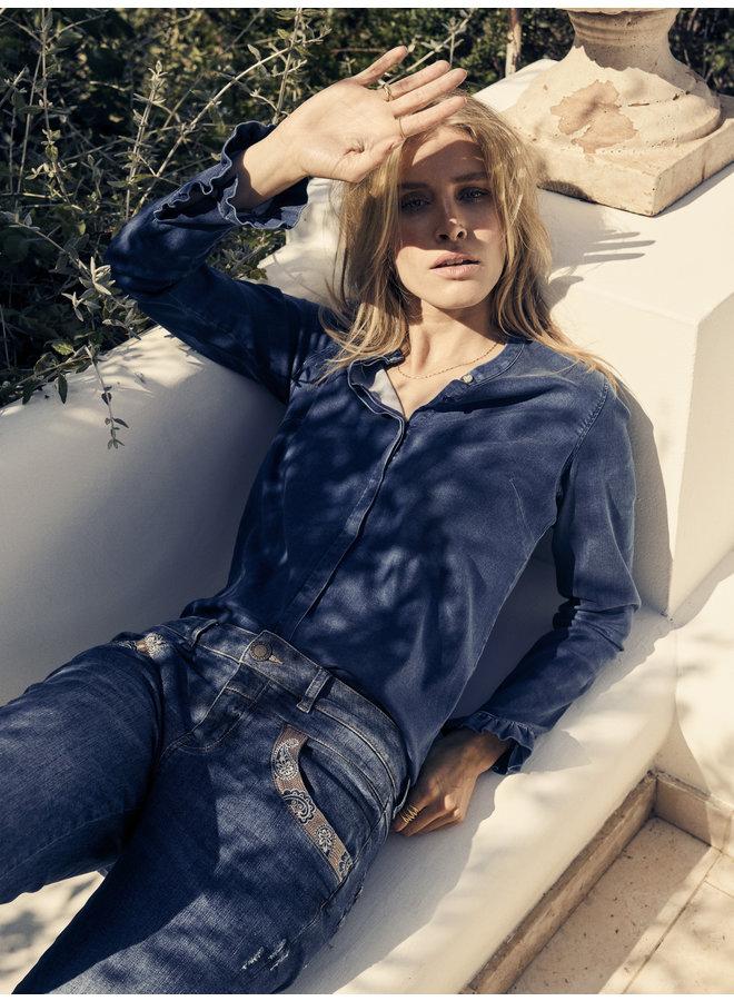 Naomi Paisley Jean