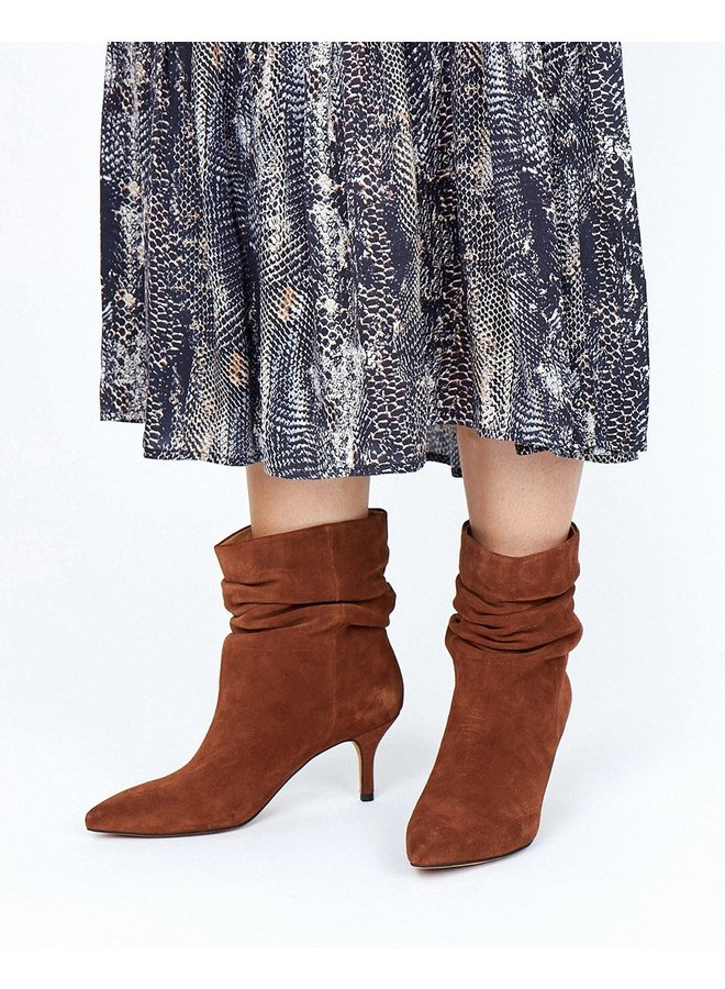 Agnete slouchy boot - Brown