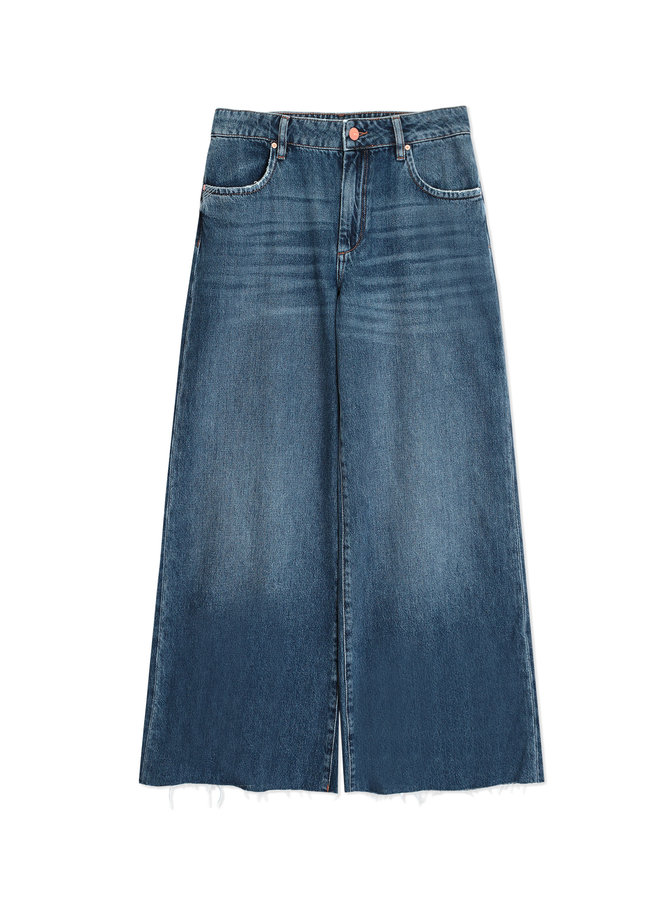 Pedro Wide Leg Raw Hem Jeans - Denim M23