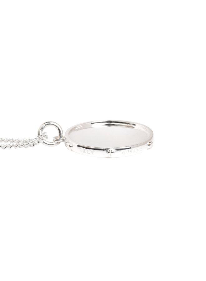 Silver diamon disc on 50cm curb chain