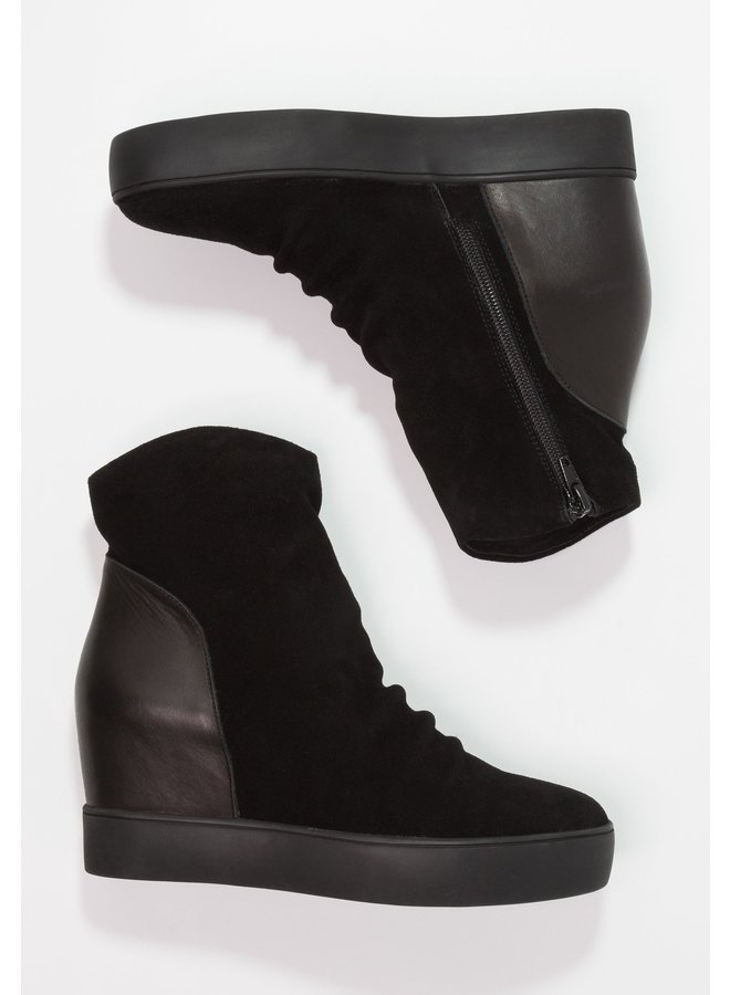 Trish Boot - Size 36 ONLY