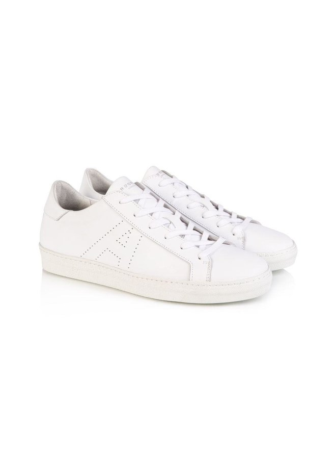 Cru Signature Trainer White - Size 38 only
