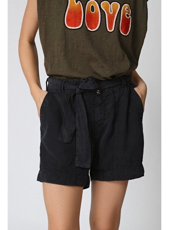Feliz Solid Shorts - Navy