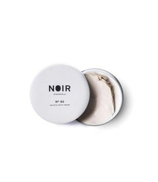 Noir No 80 soufflé paste cream