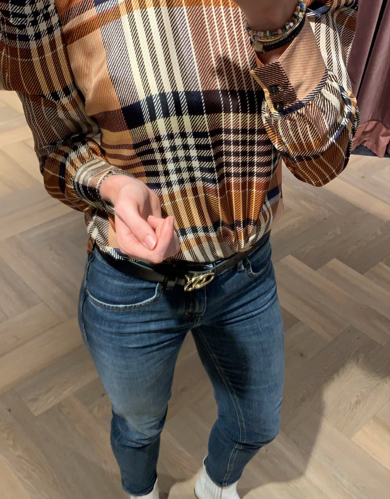 SECOND FEMALE Nice blouse