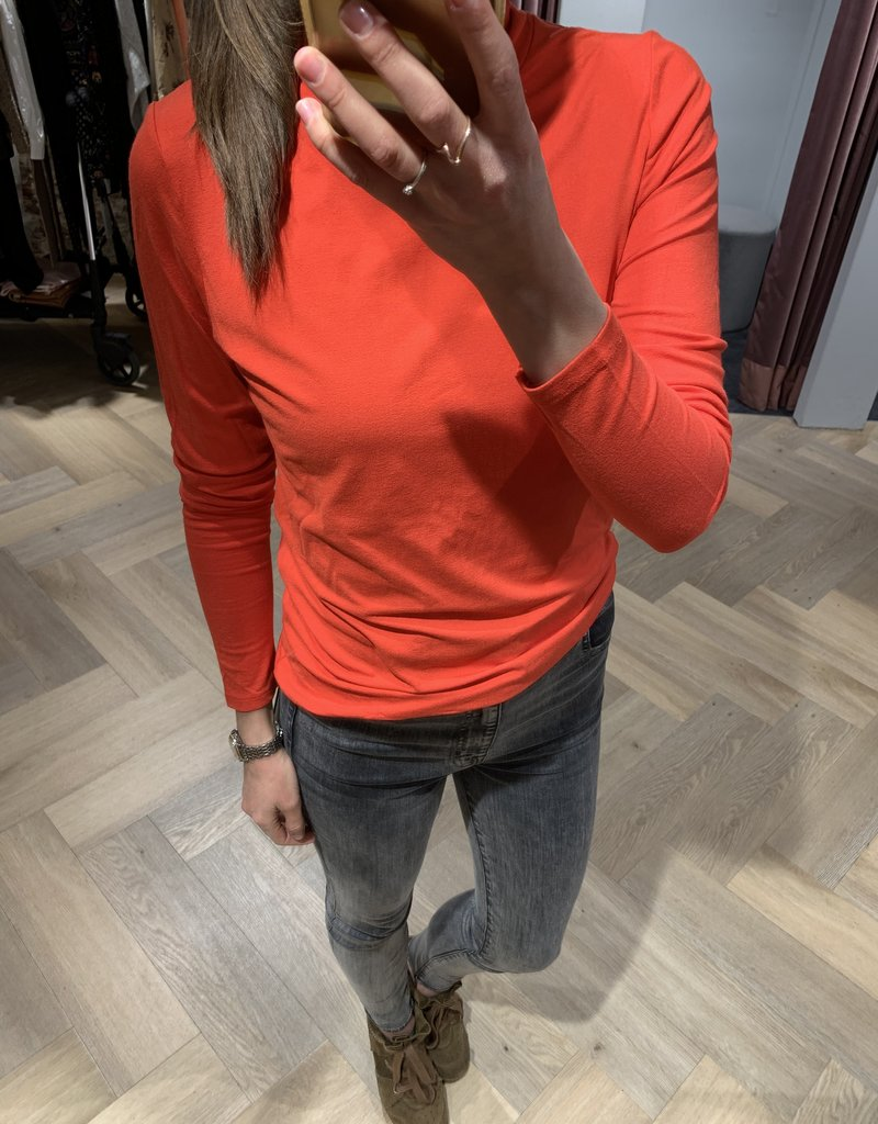 ALIX THE LABEL Ladies knitted viscose crepe turtle neck