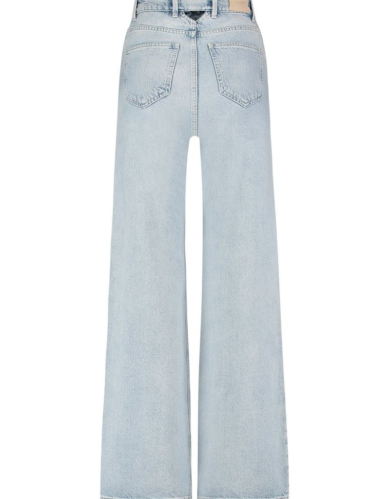 HOMAGE FARRAHWIDE LEG JEANS WITH TRIANGLE BACK