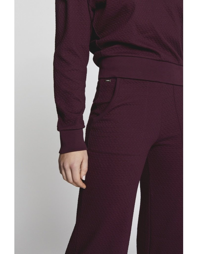 LUNE ACTIVE CAMILLA SWEATER MULLED WINE