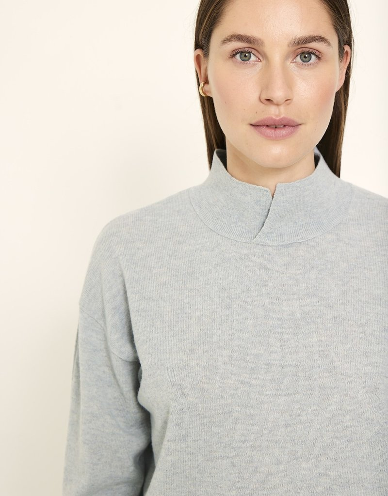 KNITTED MIA PULLOVER FROST