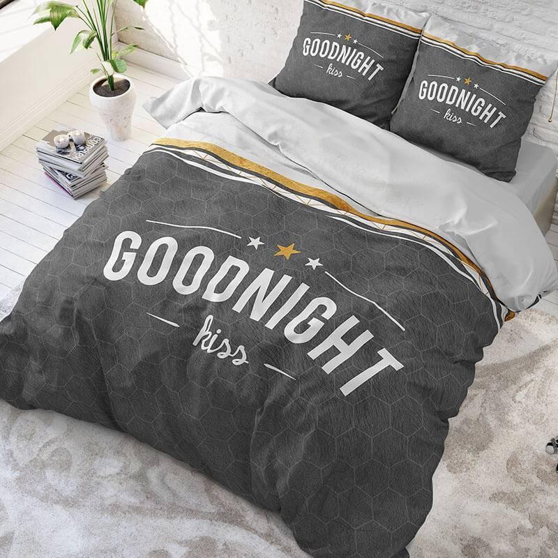 DreamHouse Bedding Goodnight Kiss – Antraciet 2-persoons (200 x 220 cm + 2 kussenslopen) Dekbedovertrek