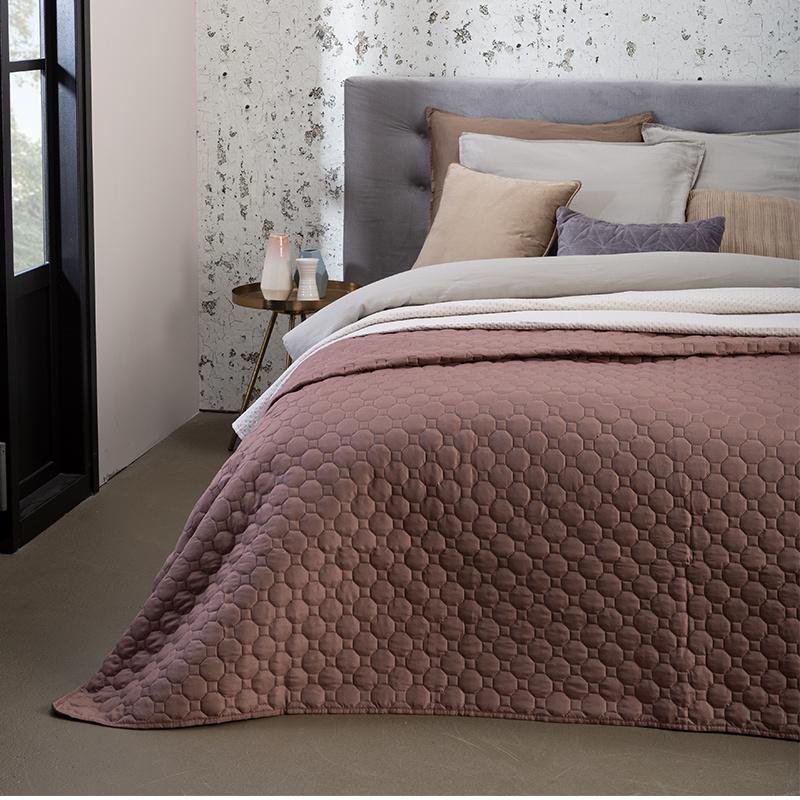 Presence Bedsprei Pearl - Roodbruin 180 x 260 cm