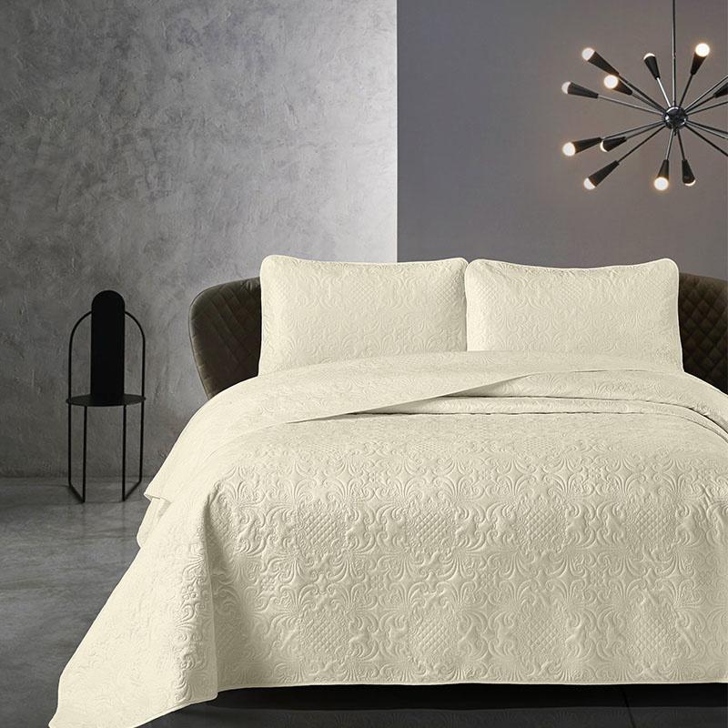 DreamHouse Bedding Bedsprei - Velvet Clara - Creme 180 x 250 cm