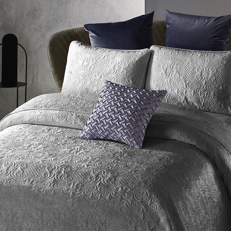 DreamHouse Bedding Bedsprei - Velvet Clara - Antraciet 180 x 250 cm