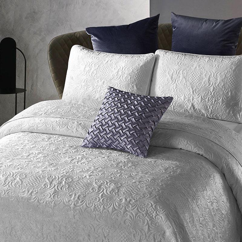 DreamHouse Bedding Bedsprei - Velvet Clara - Grijs 260 x 250 cm