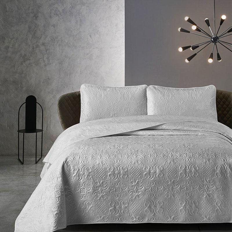 DreamHouse Bedding Bedsprei - Velvet Clara - Grijs 180 x 250 cm