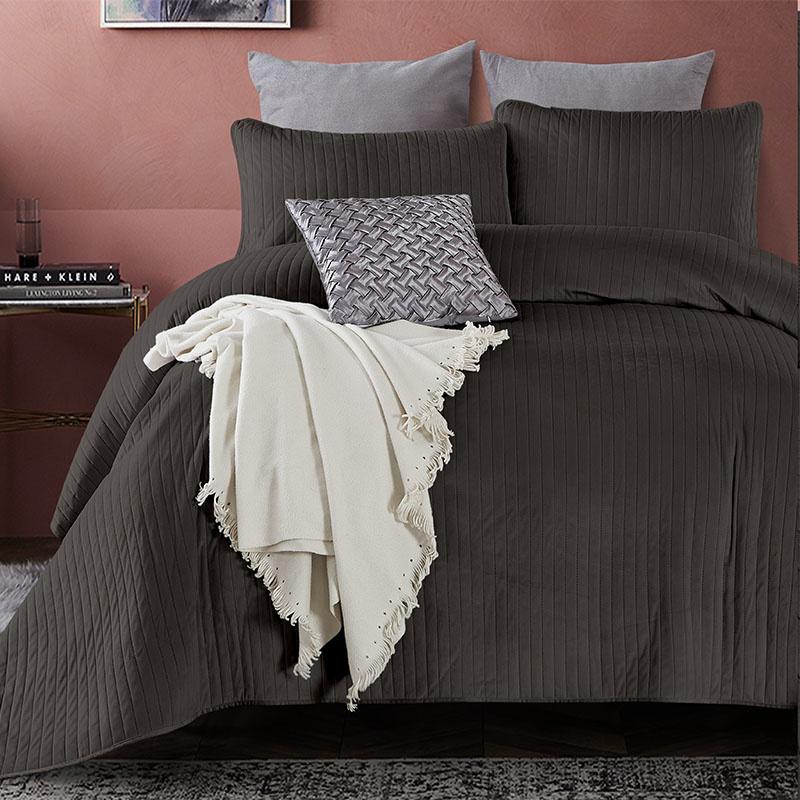 DreamHouse Bedding Bedsprei - Texas - Antraciet 180 x 250 + 1 kussensloop