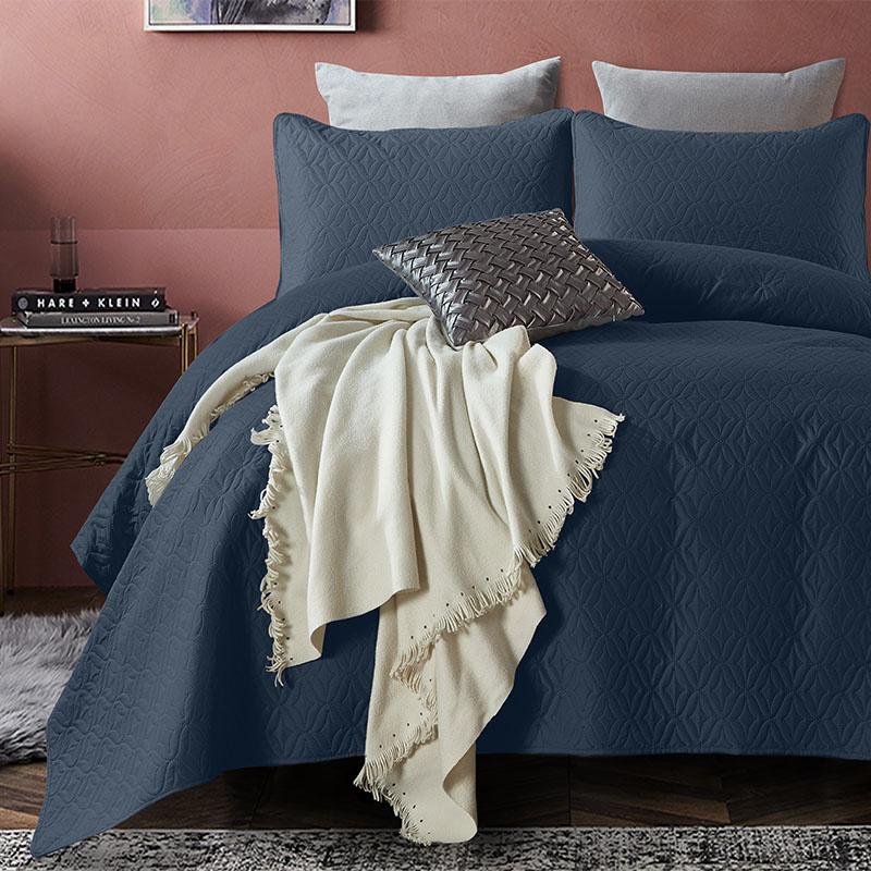 DreamHouse Bedding Bedsprei Madison - Navy 180 x 250 + 1 kussensloop
