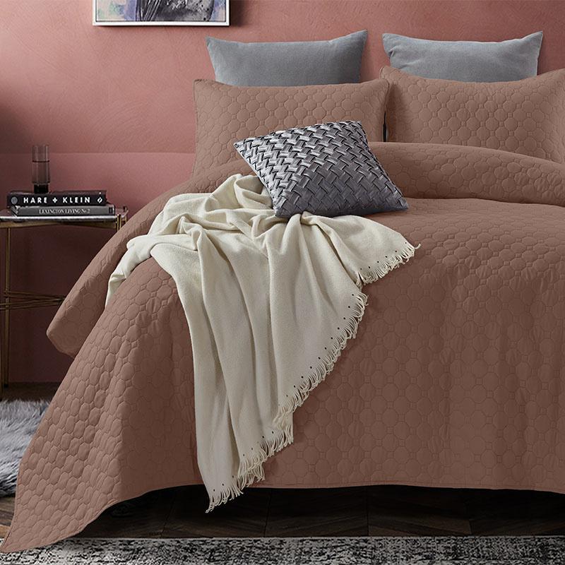 DreamHouse Bedding Bedsprei Fremont - Bruin 260 x 250 + 2 kussenslopen