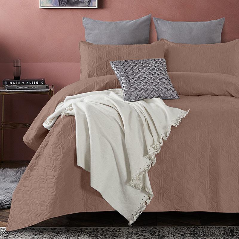 DreamHouse Bedding Bedsprei Baltimore - Bruin 260 x 250 + 2 kussenslopen