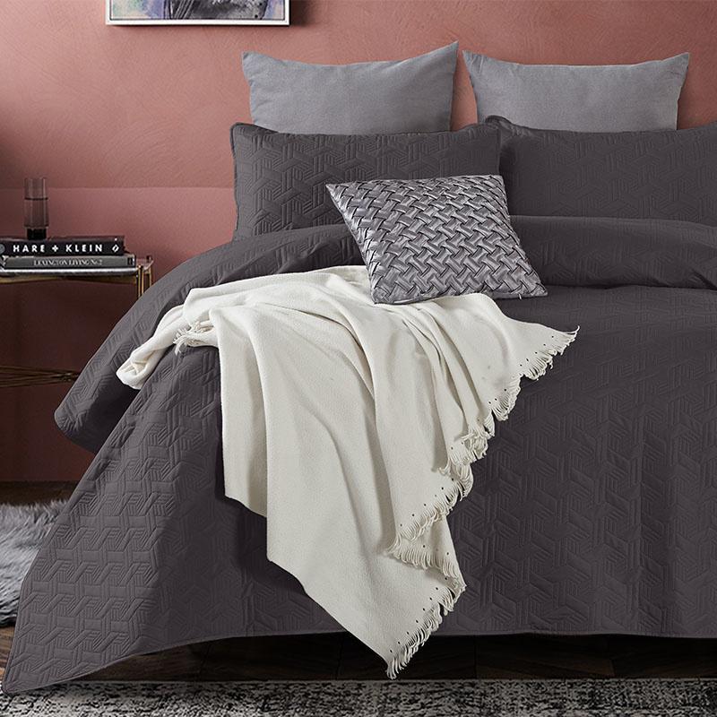 Bedsprei - Baltimore - Antraciet DreamHouse Bedding Patroon 180 x 250 + 1 kussensloop - Ga naar Dekb